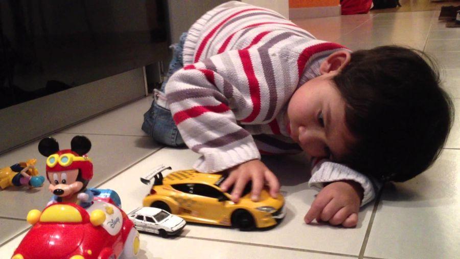 Melatih kreativitas - Lebih Hemat dengan Memilih Harga Mobil Mainan Anak yang Murah dan Edukatif