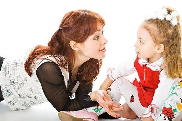Jika anak tidak mau diajak bekerja sama dalam proses ini, berikan sanksi sesuai kesepakatan - 5 Tips Cerdas Mengajak Si Kecil ke Toko Mainan Anak