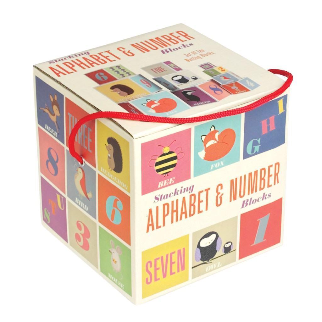 Mainan Angka dan Huruf - Mainan Anak Laki-Laki yang Baik untuk Merangsang Perkembangannya