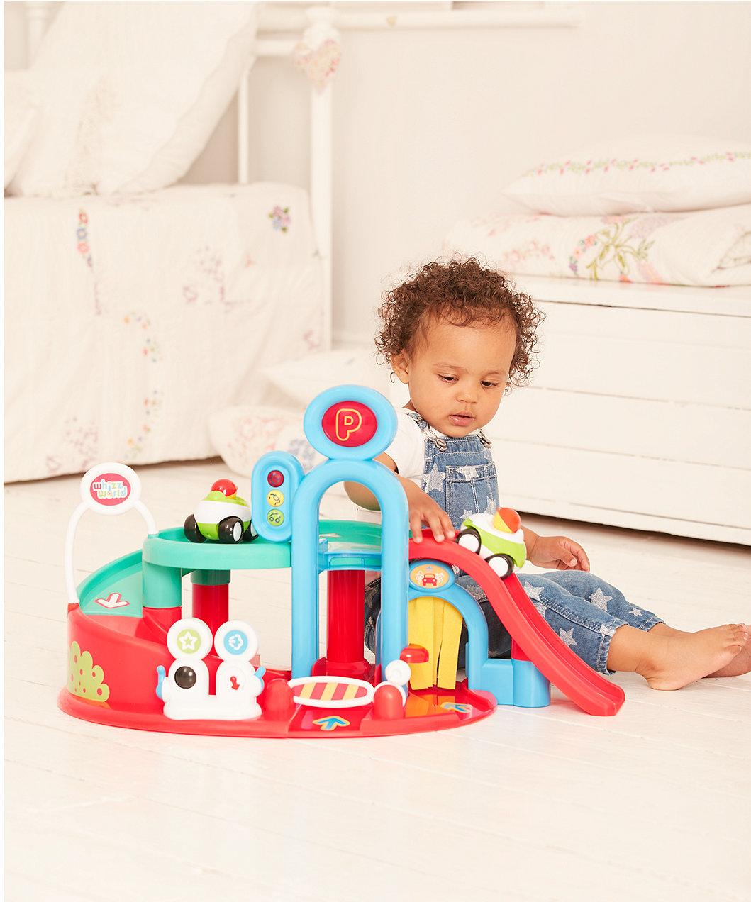 Manfaat Mainan untuk Anak - Tips Memilih Mainan Mobil-mobilan untuk Bayi dan Anak