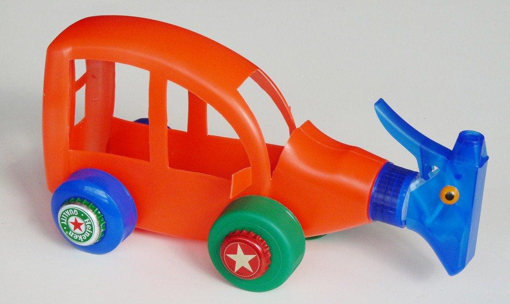 Takut Boros untuk Membeli Mainan? Yuk, Kreatif dengan Membuat Mobil-mobilan Anak-anak Sendiri di Rumah