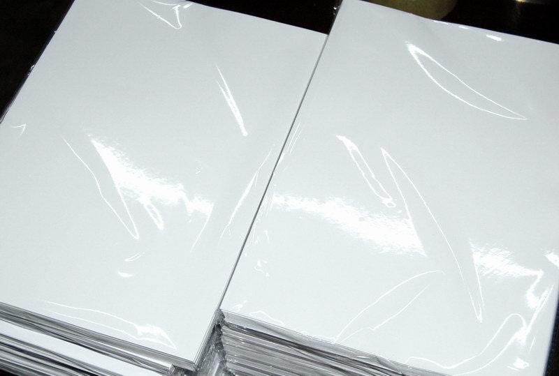 Tersedia Berbagai Ukuran dan Gramatur Kertas Art Paper - 5 Keunggulan Kertas Art Paper dalam Dunia Percetakan
