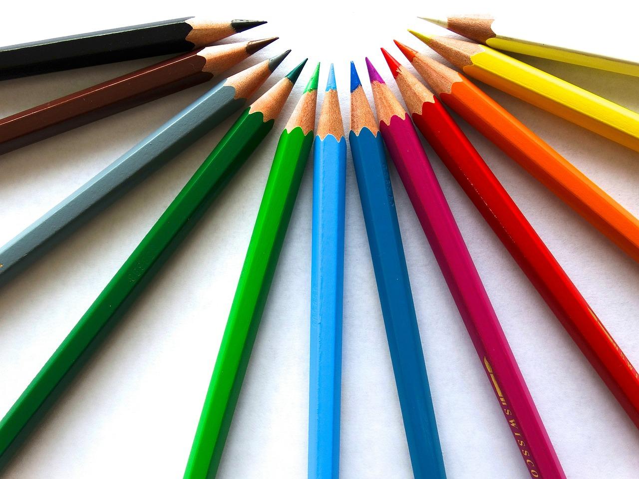 Bahan yang Digunakan - Pertimbangkan 5 Hal Ini Sebelum Memilih Pensil warna