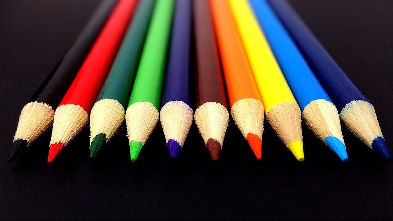 Beli di Supplier yang Tepat - Pertimbangkan 5 Hal Ini Sebelum Memilih Pensil warna