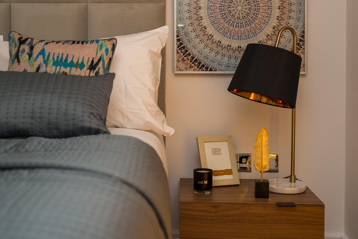 Table lamp - Memilih Lampu Tidur yang Nyaman dan Hemat - retailfurnishing.com