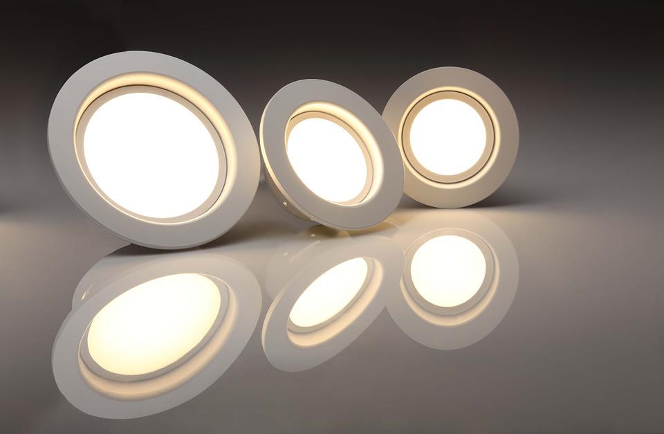 Membutuhkan perawatan yang tidak susah - 4 Alasan Mengapa Lampu Downlight Kian Populer pada Hunian - pixabay.com
