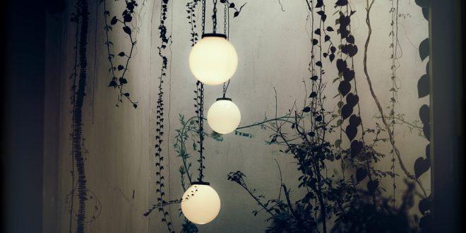 lampu tanam - Tips Memilih Desain Lampu Taman Cantik untuk Kantor dan Taman Kota - pixabay.com